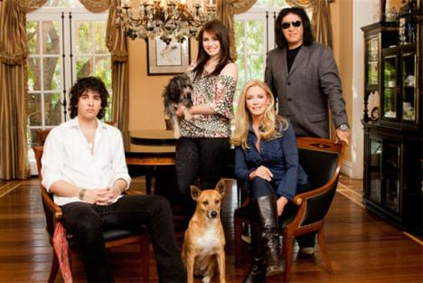 Gene Simmons Shannon Tweed Family Jewels