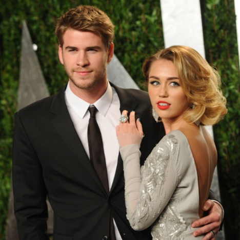 Cyrus miley and liam hemsworth engaged